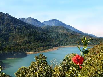 le lac Buyan ou Tamblingan ?